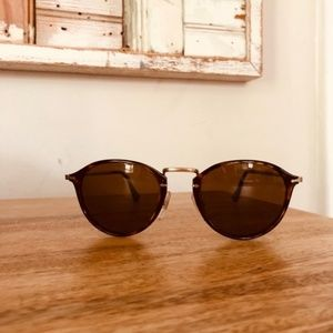 Persol Sunglasses like new & polaraized